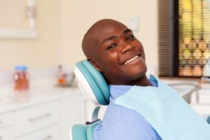 Protect the health of your smile with your dentist in Accra.